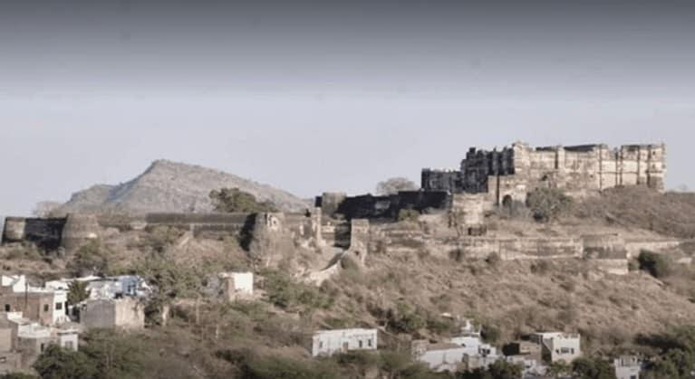 Badnore-Fort-Bhilwar-Rajasthan