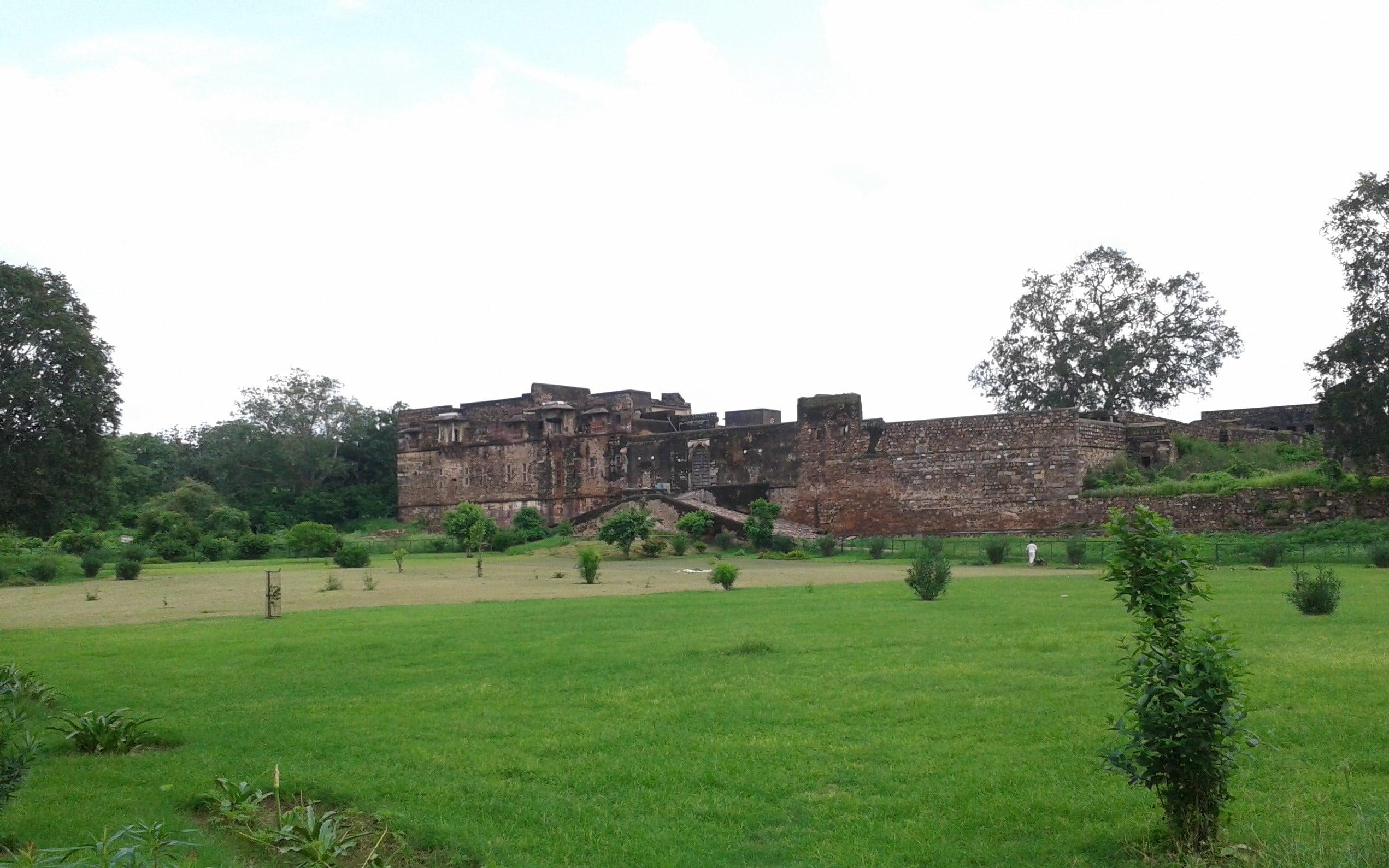Ranthambore Fort, Sawai Madhopur History, Timing, Photos 2020