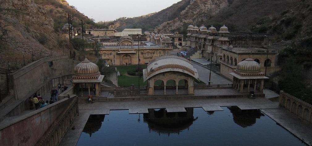 Galtaji Temple Jaipur Timings, Photos, History 2020