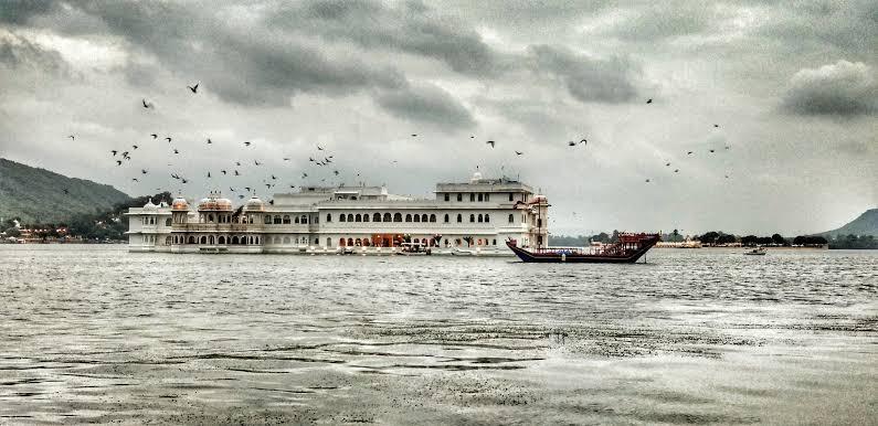 Lake Palace Udaipur Rajasthan 2020